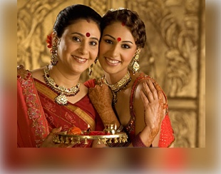 Karwa Chauth Gifts For Mother-in-Low